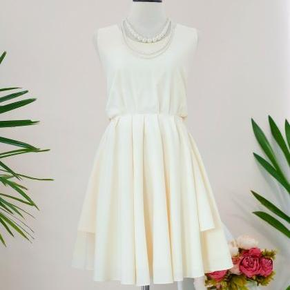 HANDMADE DRESS Pale yellow dress Pa..